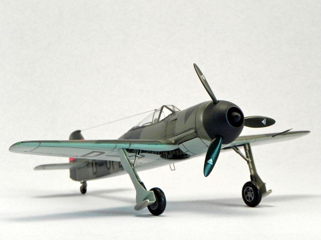 MPM 1/72 Focke-Wulf Fw-190 V1